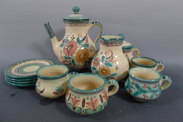 スペイン陶器のティーセットの画像