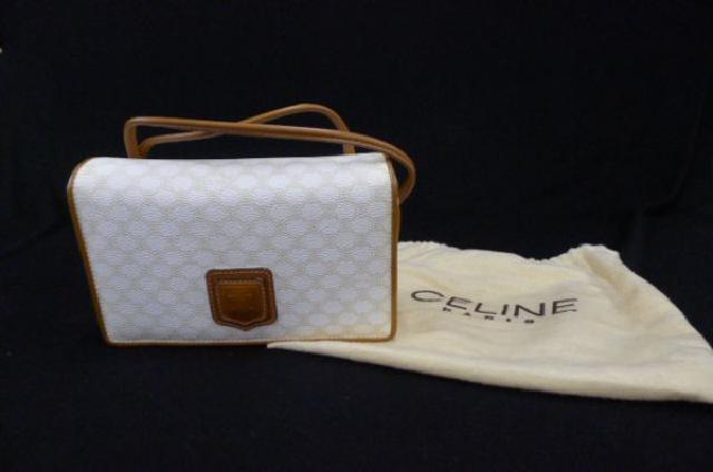 CELINEのショルダーバッグの画像