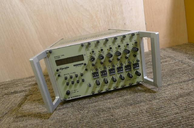 KYOWA製ひずみ測定器の画像