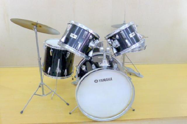 YAMAHAのドラムセットの画像