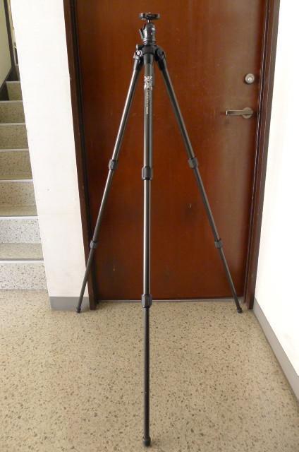 スリックのカメラ三脚の画像