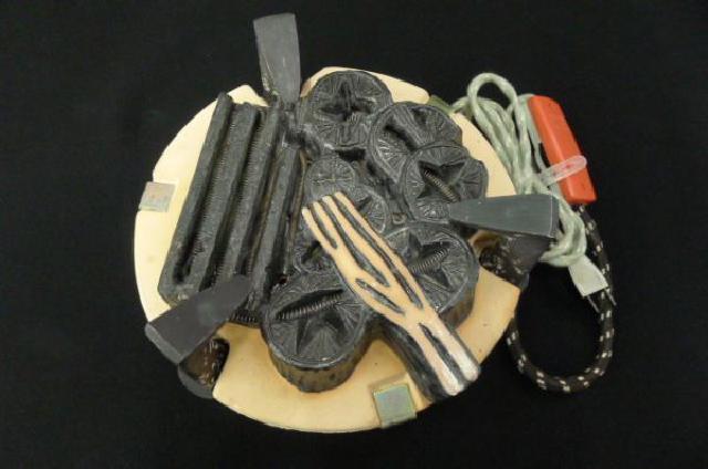 炭型電熱器の画像